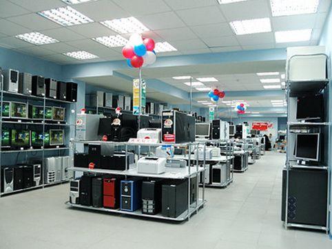 .Торговое оборудование для компьютеров с системы хром труб
