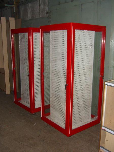 .Шкаф для торговли инструментом.2